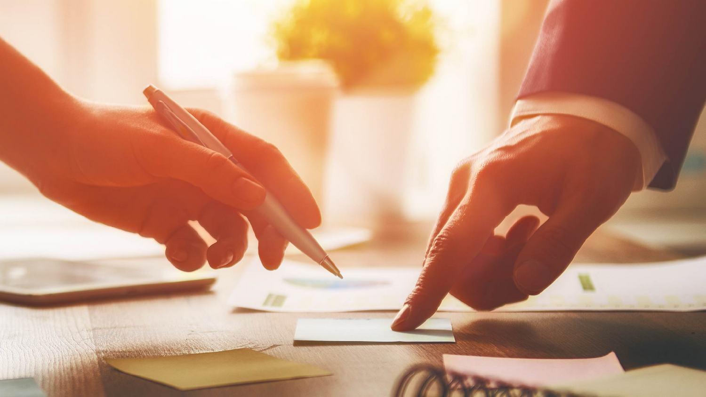 ADECOSE y Berkley España renuevan el modelo de Carta de Condiciones