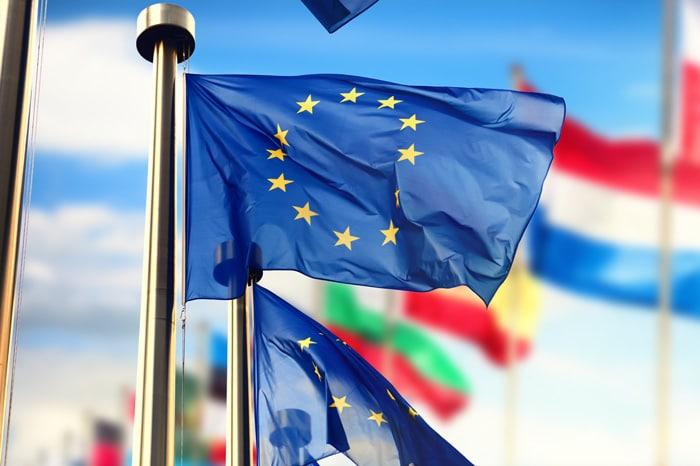 ADECOSE hace reflexionar a las Autoridades Europeas sobre la creación de un comparador en la Directiva del Seguro de Automóviles